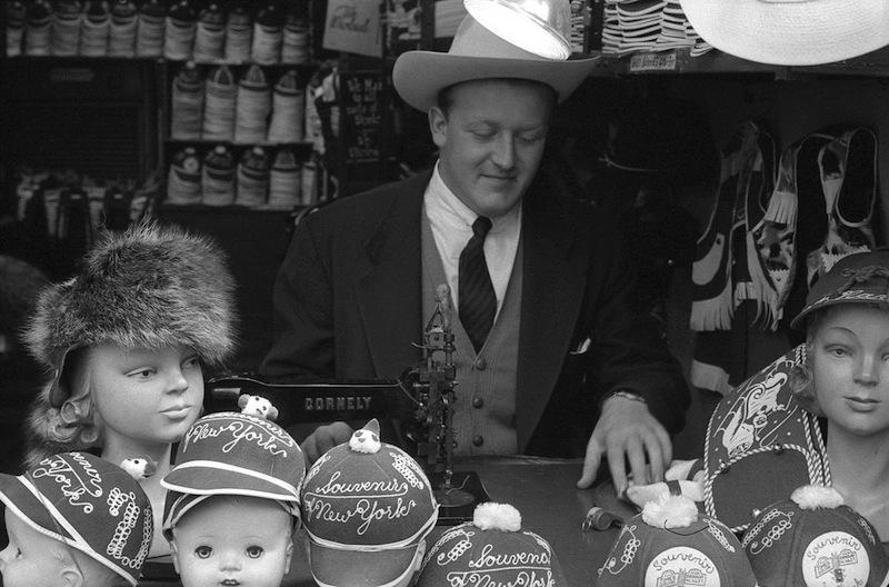 Souvenir Shop  Frank Oscar Larson.ss_full