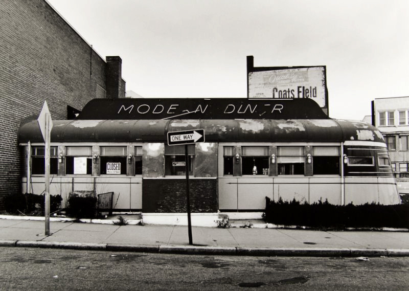 Tom Baril-Modern Diner (broken sign), Silver print on original mount, 16 x 20 in. (406 x 508 mm) 1979
