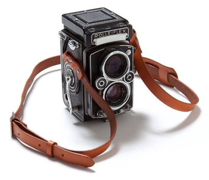 Rolleiflex camera with a Apolis Transit Issue Camera Strap-tumblr_m2zc9x52Qf1qa9pnro1_1280 copie