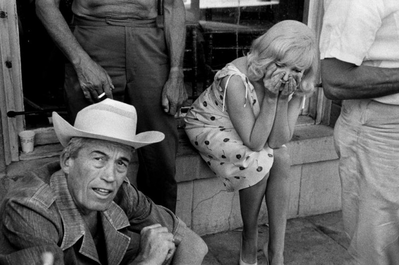Bruce Davidson-23 Reno, Nevada. 1960. Director John Huston and Marilyn Monroe during the filming of -The Misfits-