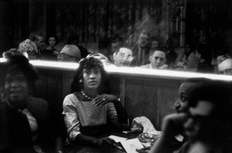 Bruce Davidson-30 New York City. 1962. Woman sitting in booth