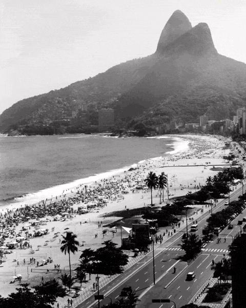 Copacabana and Leblon beaches in Rio de Janeiro - tumblr_m6p79s3mH61qfhctdo1_500