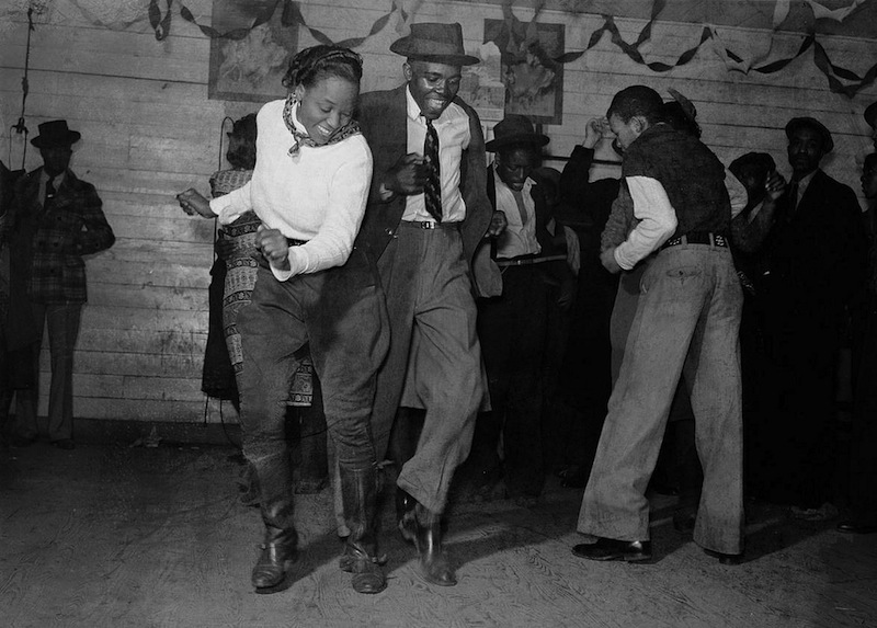 Marion Post Wolcott 11-Jitterbugging in Negro juke joint, Saturday evening, outside Clarksdale, Mississippi, 1939