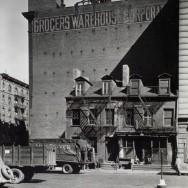 Berenice Abbott-Changing New York (1935-1938)-Broome Street no. 512-514, Manhattan, October 07, 1935