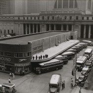 Berenice Abbott-Changing New York (1935-1938)-Greyhound Bus Terminal, 33rd and 34th Streets between Seventh and Eighth Avenues, Manhattan, July 14, 1936