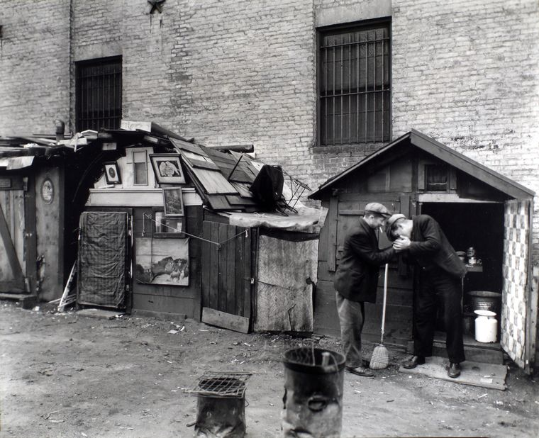 Berenice Abbott-Changing New York (1935-1938)-Huts and unemployed, West Houston and Mercer Street, Manhattan, October 25, 1935