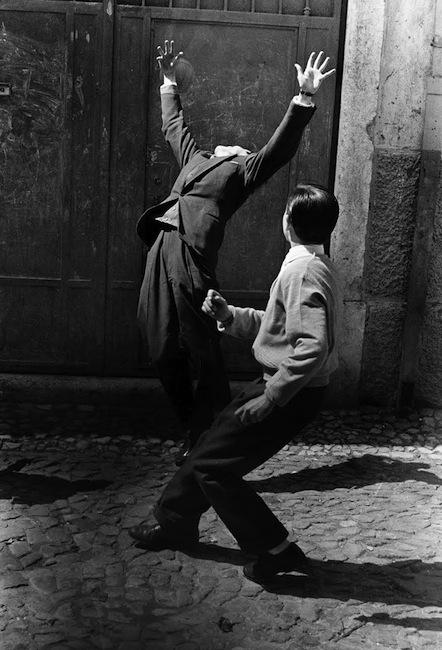 Photo by Gerard Castello Lopes, Lisboa, 1957