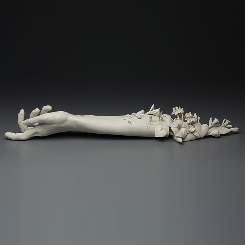 Kate MacDowell-Crave, 12.2006-01