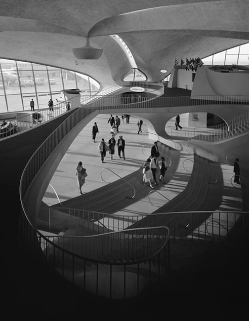 TWA Terminal designed by Eero Saarinen at Idlewild Airport (now JFK). Photo by Ezra Stoller, New York, 1962