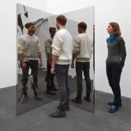Jeppe Hein - Fragmented Mirror Angle, 2013 - 200 x 100 x 100 cm