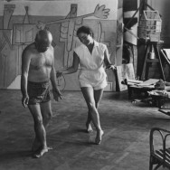 Pablo Picasso and his wife Jacqueline Roque dancing. Photo by the photojournalist David Douglas Duncan - Cannes, 8 February 1956