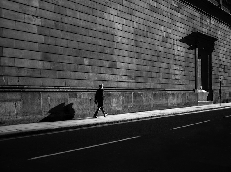 Rupert Vandervell - Man on Earth serie - a single man