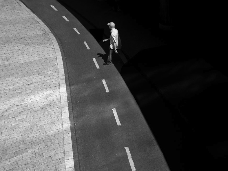 Rupert Vandervell - Man on Earth serie - interference