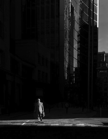 Rupert Vandervell - Man on Earth serie - metropolis