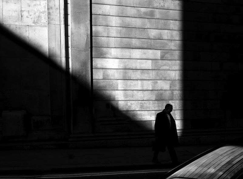 Rupert Vandervell - Man on Earth serie - reflect