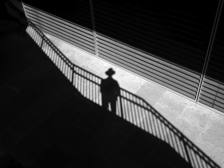 Rupert Vandervell - Man on Earth serie - self_11