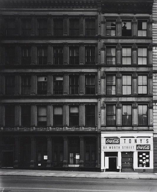 Elliott Erwitt - New York City, 1969