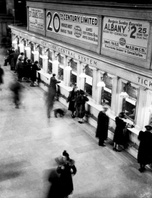 Unknown photographer - Grand central station, NYC, circa 1930