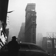Robert Franck - New York 1947 - from street seen -The psychological gesture in american photography 1940-1959