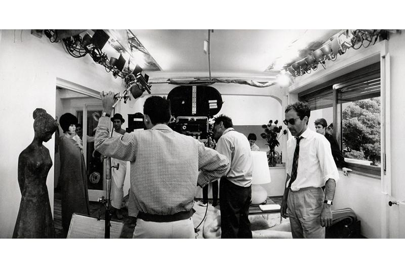 Tazio Secchiaroli - Brigitte Bardot, Michel Piccoli, Raoul Coutard, and Jean-Luc Godard while filming Le Mépris, 1963