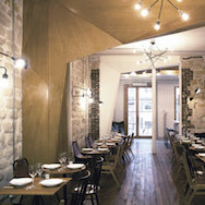 Mur.Mur - restaurant Le Mordant, 61 rue de Chabrol 75010 Paris