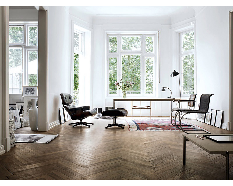 The apartment of Wolfgang Behnken, Hamburg. Creative director of ad agency Young and Rubicam. Photos by Marc Seelen for Elle Decor Italia